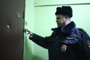 Участковый Владимир Пенинберг встретился с жителями района и отчитался о работе. Фото: архив