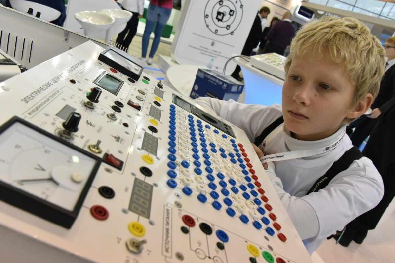 В Москве открылась выставка разработок в области информационных технологий для образования