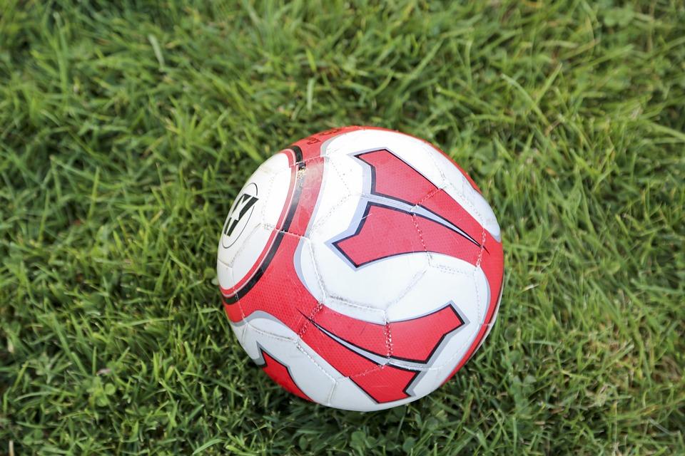 Окружной турнир «Кожаный мяч» завершился победой команды Братеева