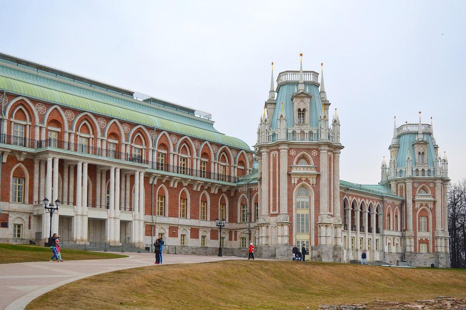 Музей-заповедник «Царицыно» перешел на летний режим работы