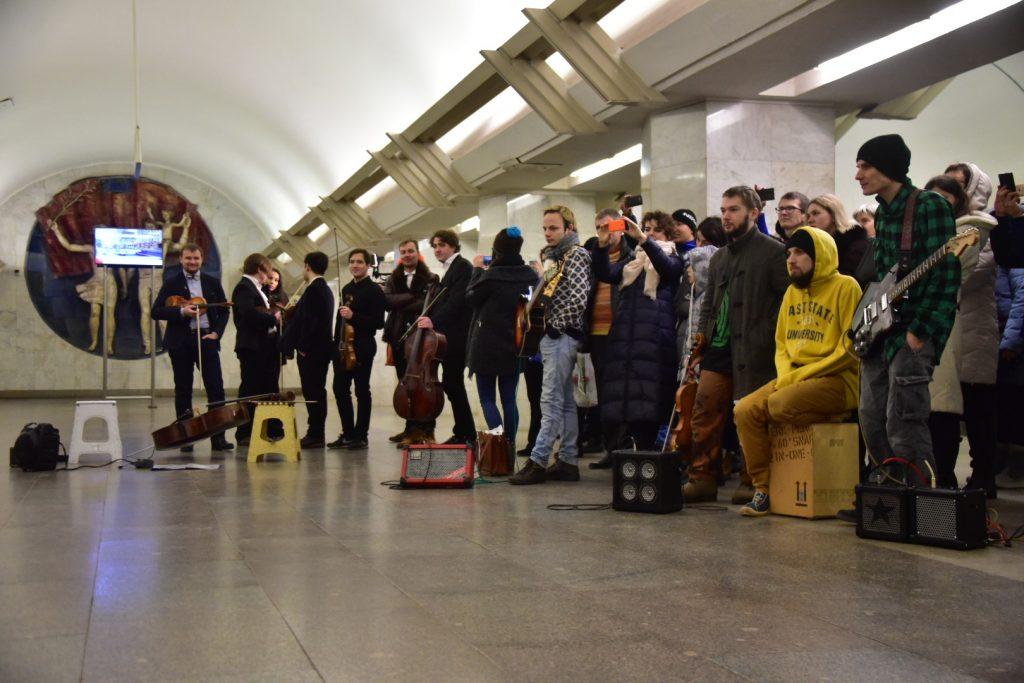 Москвичи выберут лучшего исполнителя музыки в метро