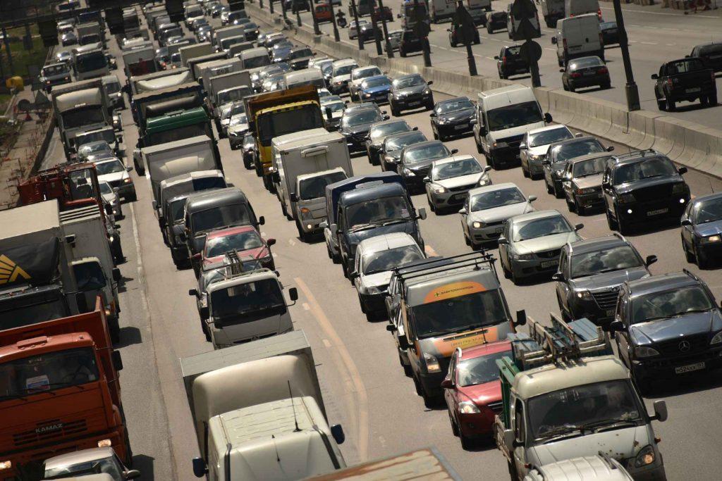 На юге Москвы зафиксирована 27-километровая пробка
