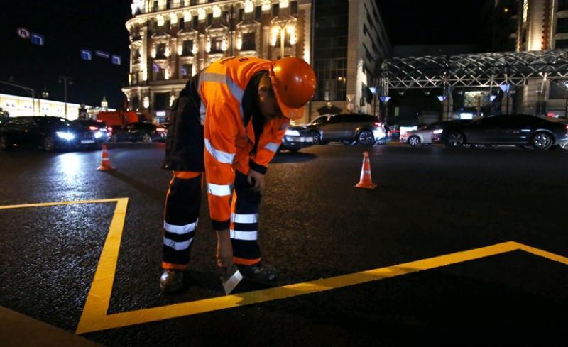 Дорожную разметку начали обновлять в столице России