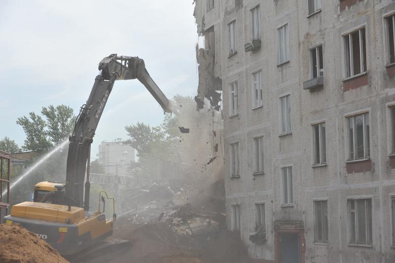 Включение дома в программу реновации при согласии 2/3 собственников закреплено законом