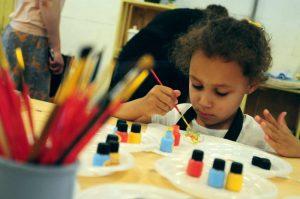 УВД по ЮАО проводит конкурс детского творчества «Полицейский Дядя Степа». Фото: архив, «Вечерняя Москва»