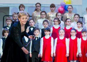 26 марта 2017 года. Отчетный концерт детской музыкальной школы имени Шебалина под руководством Елены Лапланш (слева). Фото из личного архива