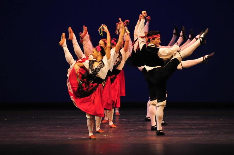 Большим концертом отметят День России в Культурном центре «ЗИЛ»