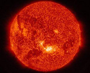 На Солнце обнаружено гигантское пятно