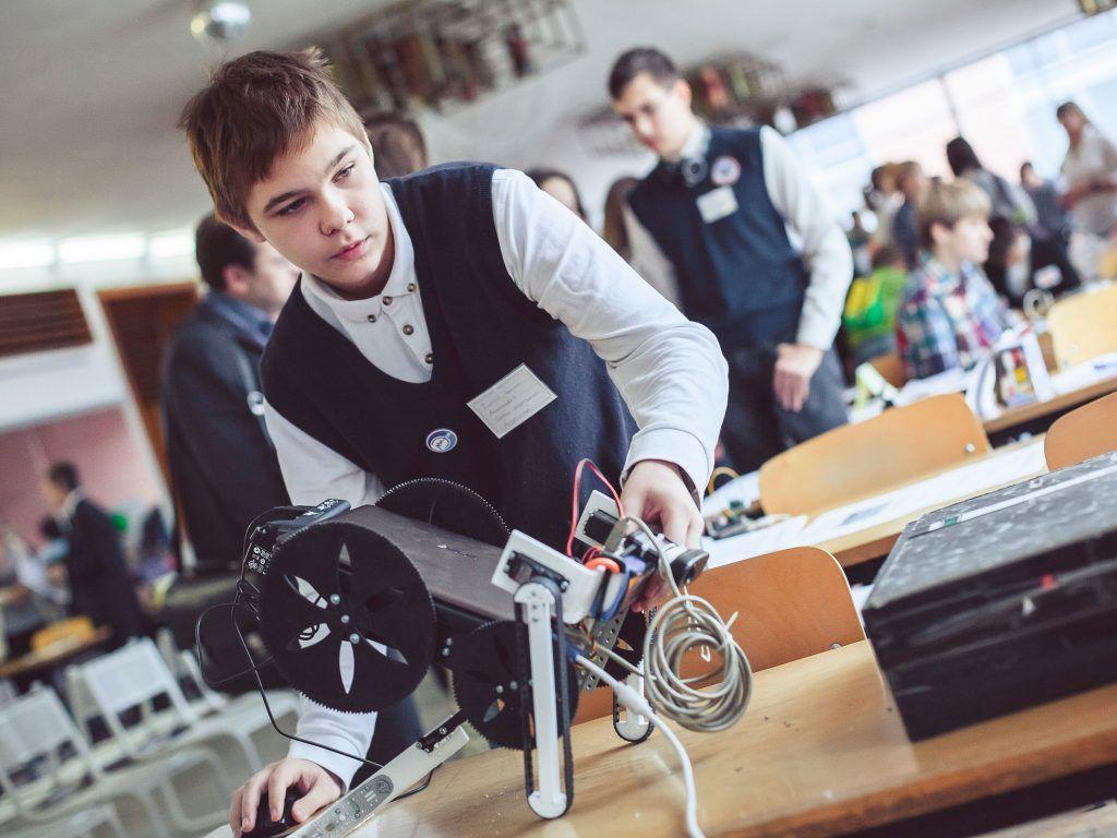 Школьники смогут принять участие в фестивале «Битва роботов»