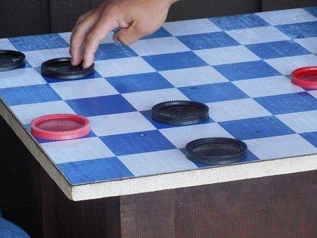 Ученики гимназии южного округа выиграли турнир по шашкам