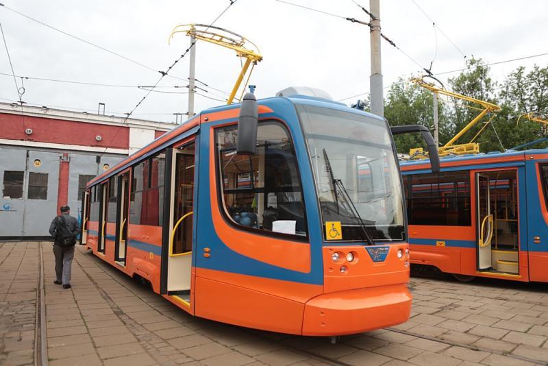 Трамвай №35 вернулся на привычный маршрут после ремонта путей