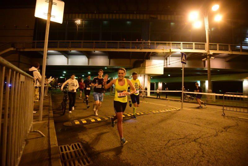 Ночной забег в Москве собрал более шести тысяч участников