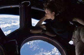 Выход в открытый космос и нештатные ситуации остались на втором плане. Фото: NASA