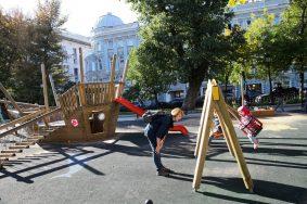 Глава Гидрометцентра пообещал жителям Москвы бабье лето
