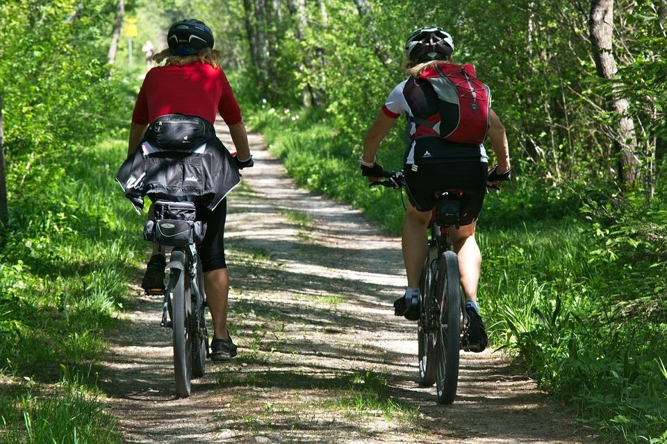 Молодежная палата Нагорного района организовала мастер-класс для юных велосипедистов