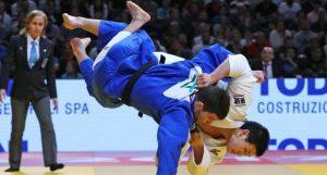Давид Бабаян завоевал серебряную медаль в весовой категории более 84 килограммов Фото: Пресс-служба Департамента спорта и туризма