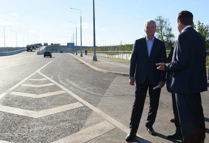 Собянин открыл движение по новой дороге от Боровского шоссе до Троицка