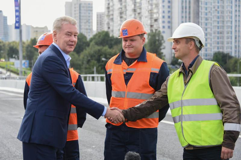 Собянин открыл эстакаду на Варшавском шоссе