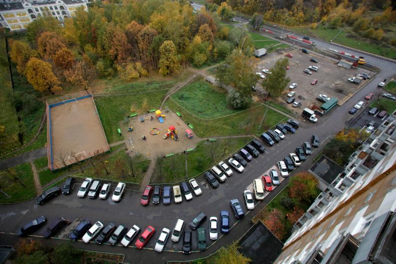 Наюге столицы появился гараж- стоянка на290 парковочных мест