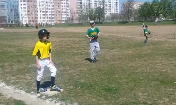Братеевский «Спартак» выиграл турнир по бейсболу