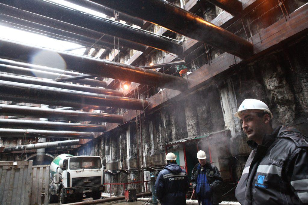 Строители метро перекрыли Боровское шоссе до 20 декабря