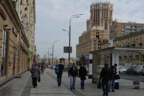 В 2017 году проект охватил свыше 80 территорий города. Фото: Александр Кожохин