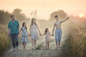 Фотография семьи Прокофьевых, которая была представлена на конкурсе. Фото: пресс-служба «Объединение многодетных семей города Москвы»