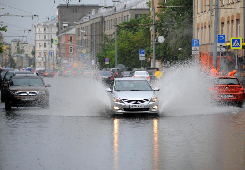 Водителей в Москве предупредили об ухудшении погоды