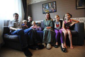 21 многодетная семья Москвы получит денежные премии и знаки почета. Фото: архив, «Вечерняя Москва»