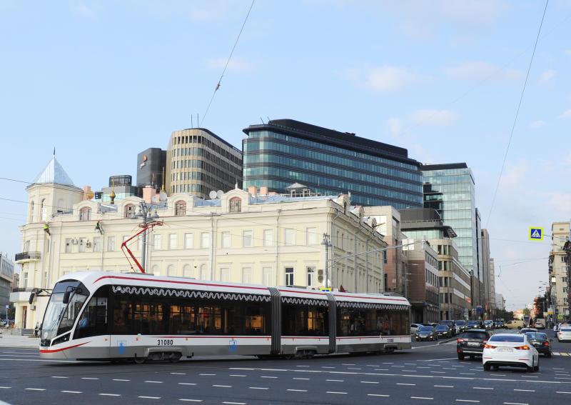 Средняя скорость движения на благоустроенных улицах Москвы выросла на семь процентов