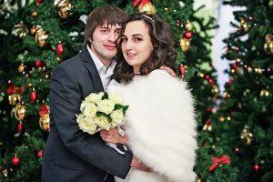 Свыше 40 пар поженятся в Москве на Новый год