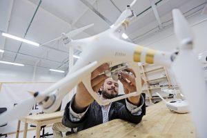 Студент МИФИ завоевал третье место на международном чемпионате по гонке дронов. Фото: архив, «Вечерняя Москва»