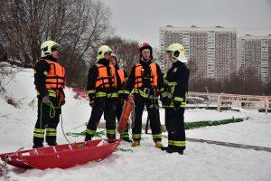 Спасатели Москвы станут использовать цифровые радары для проверки толщины льда на водоемах