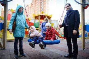 На осень 2017 года в районе Орехово-Борисово Южное был запланирован ремонт 21 дворовой территории. Фото: архив, «Вечерняя Москва»