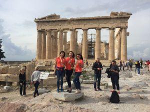 12 ноября 2017 года. Екатерина Баласанова, Алена Никандрова и Светлана Крылова (слева направо) в Афинах. Фото: Пелагия Замятина