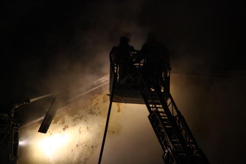 Пожар начался вангаре наюго-западе столицы
