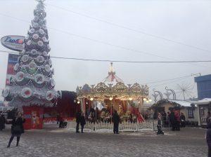 Площадка на Кировоградской улице стала очень популярным местом отдыха для всей семьи в праздники. Фото: Мария Иванова