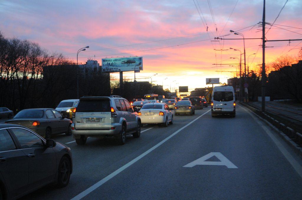 Москвичам пообещали еще 42 километра выделенных полос