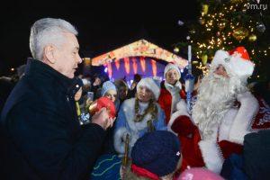 Более двух миллионов человек посетили новогодние мероприятия в Москве. Фото: Наталья Феоктистова, «Вечерняя Москва»
