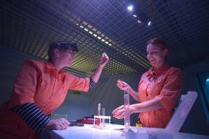 Эксперименты позволят изучать четырехмерные объекты не только теоретически. Фото: Александр Казаков