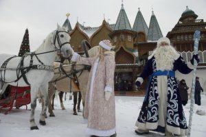 Музей-заповедник «Коломенское» за новогодние праздники стал самой посещаемой культурной площадкой на юге Москвы. Фото: Артем Житенев, «Вечерняя Москва»