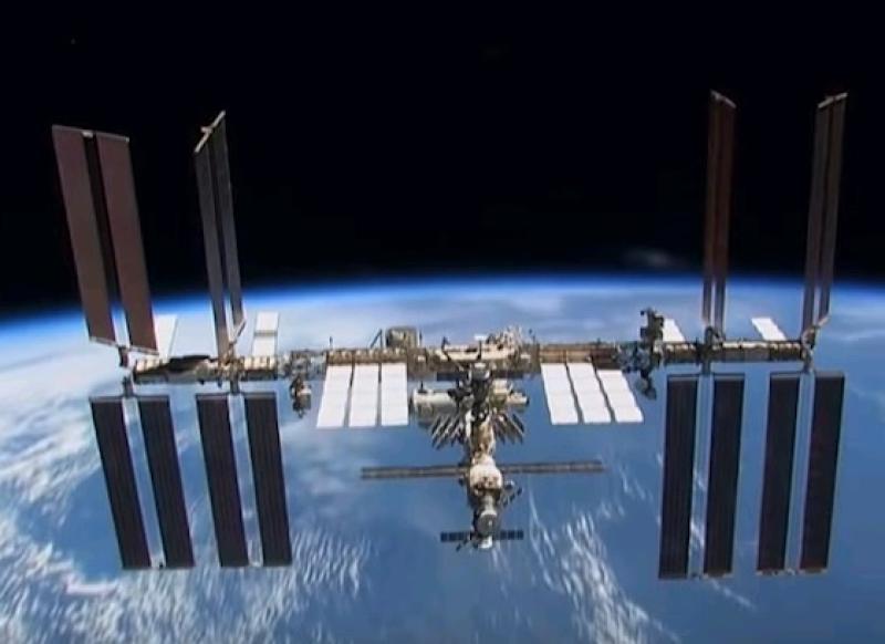 Астронавты NASA проведут техобслуживание МКС