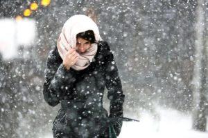 Ожидается обильный снегопад и ветер с порывами до 10 метров в секунду. Фото: архив, «Вечерняя Москва»