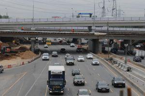 Реконструкцию развязки МКАД с Бесединским шоссе планируют завершить в 2021 году. Фото: архив, «Вечерняя Москва»