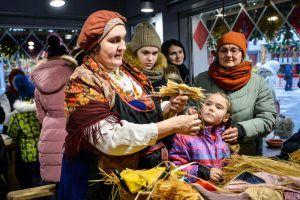 Мастерить сувениры из соломы научат москвичей в Бирюлевском дендропарке. Фото: архив, «Вечерняя Москва»