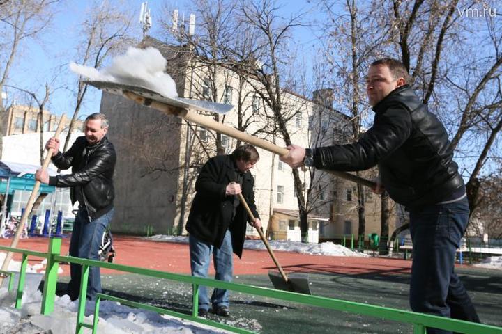 Общегородские субботники организуют в Москве