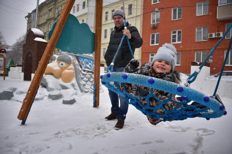 Более 20 детских площадок установили в Чертанове Центральном