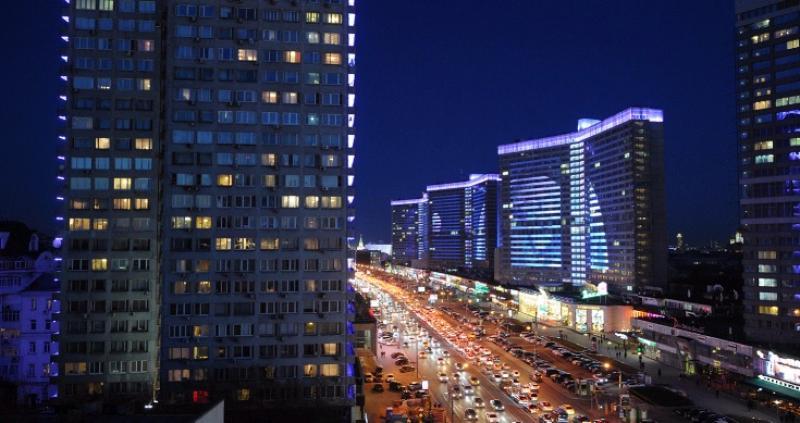 Праздничная подсветка украсит Москву к 8 Марта