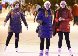 Сезон работы почти 20 катков в столичных парках продлен из-за холодной весны. Фото: сайт мэра и Правительства Москвы