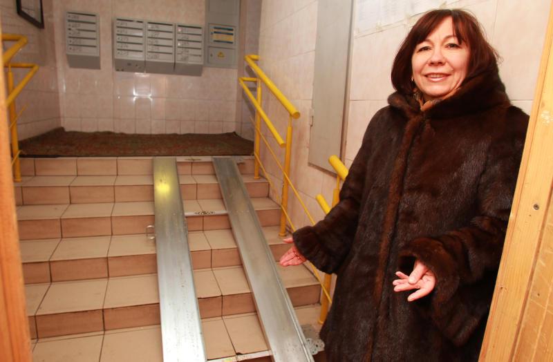 Подъемные платформы для маломобильных граждан установят в домах ЮАО